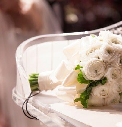 Biały bukiet ślubny – warto czy nie warto?