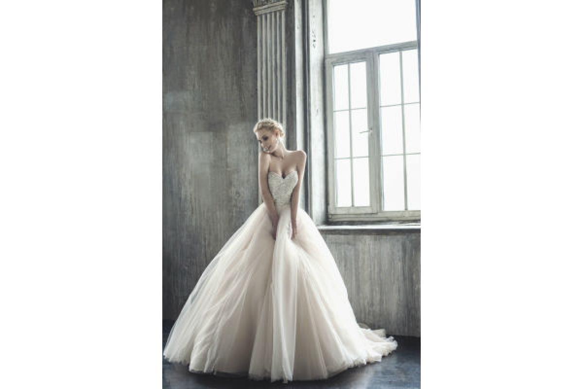 suknie ślubne zjawiskowe