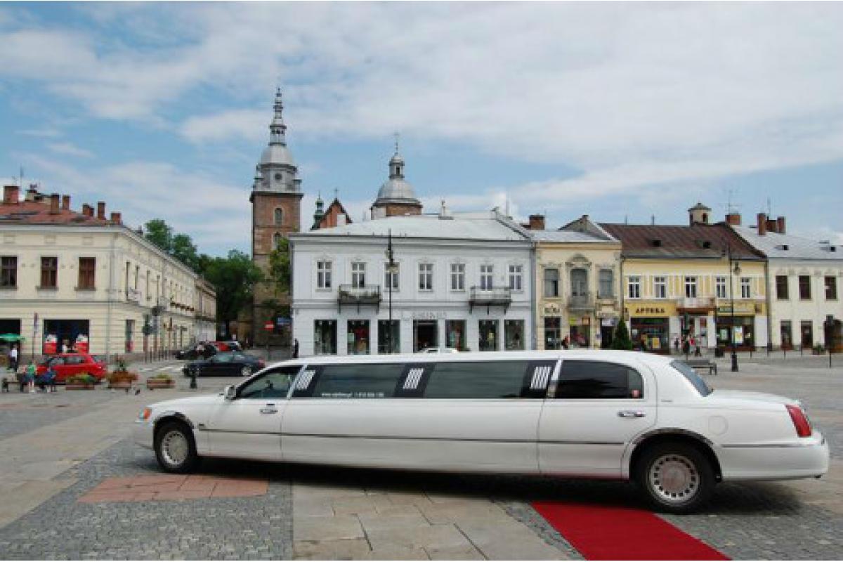 Limuzyny do ślubu, wynajem Tarnów, Kraków, Rzeszów, Nowy Sacz, Zakopane.