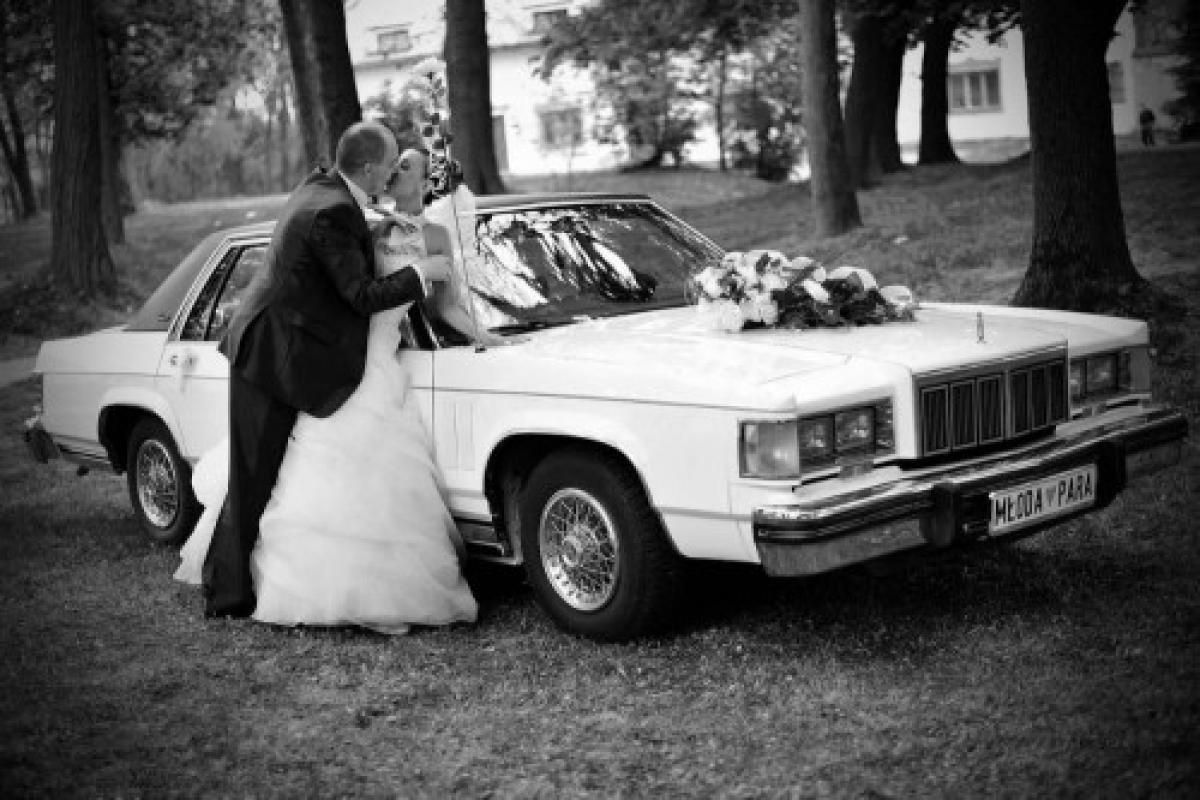 Limuzyna Samochód Auto do Ślubu